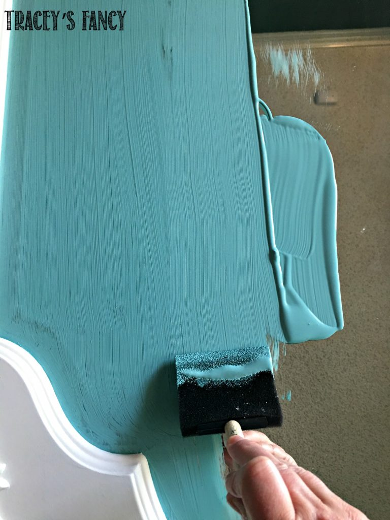 DIY Upcycled Mirror into a Painted Chalkboard | Tracey's Fancy