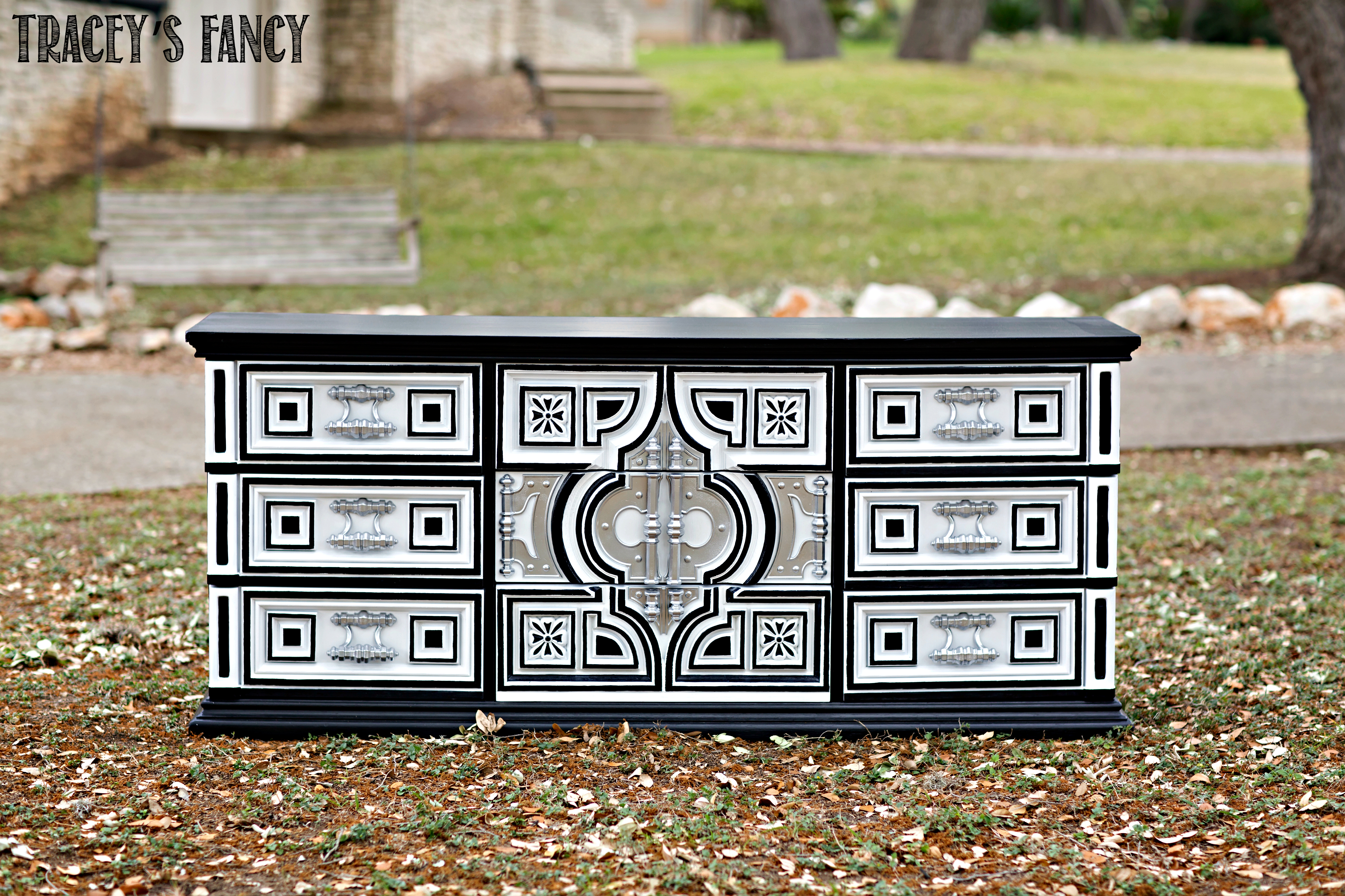 Black and White Furniture IDeas | Tracey's Fancy