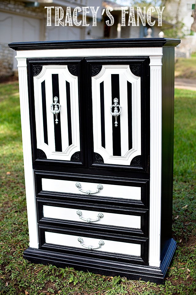Black and White Bedroom Furniture by Tracey's Fancy