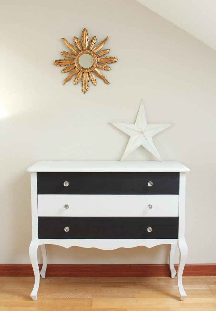 tracey 39 s top ten black and white painted furniture ideas. Black Bedroom Furniture Sets. Home Design Ideas