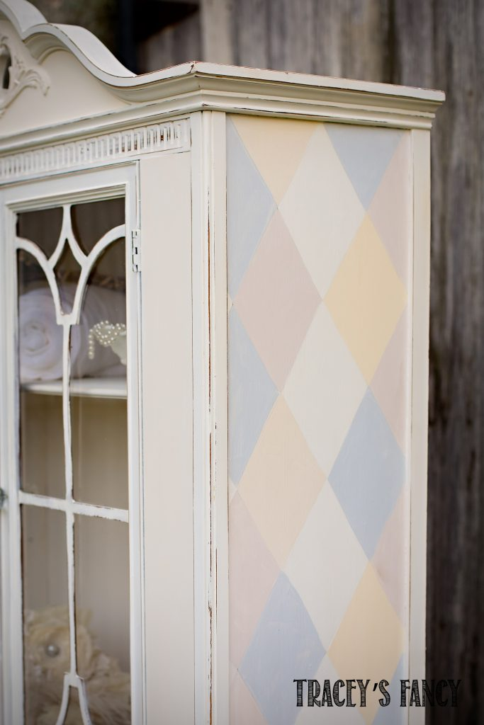 Farmhouse Hutch by Tracey's Fancy