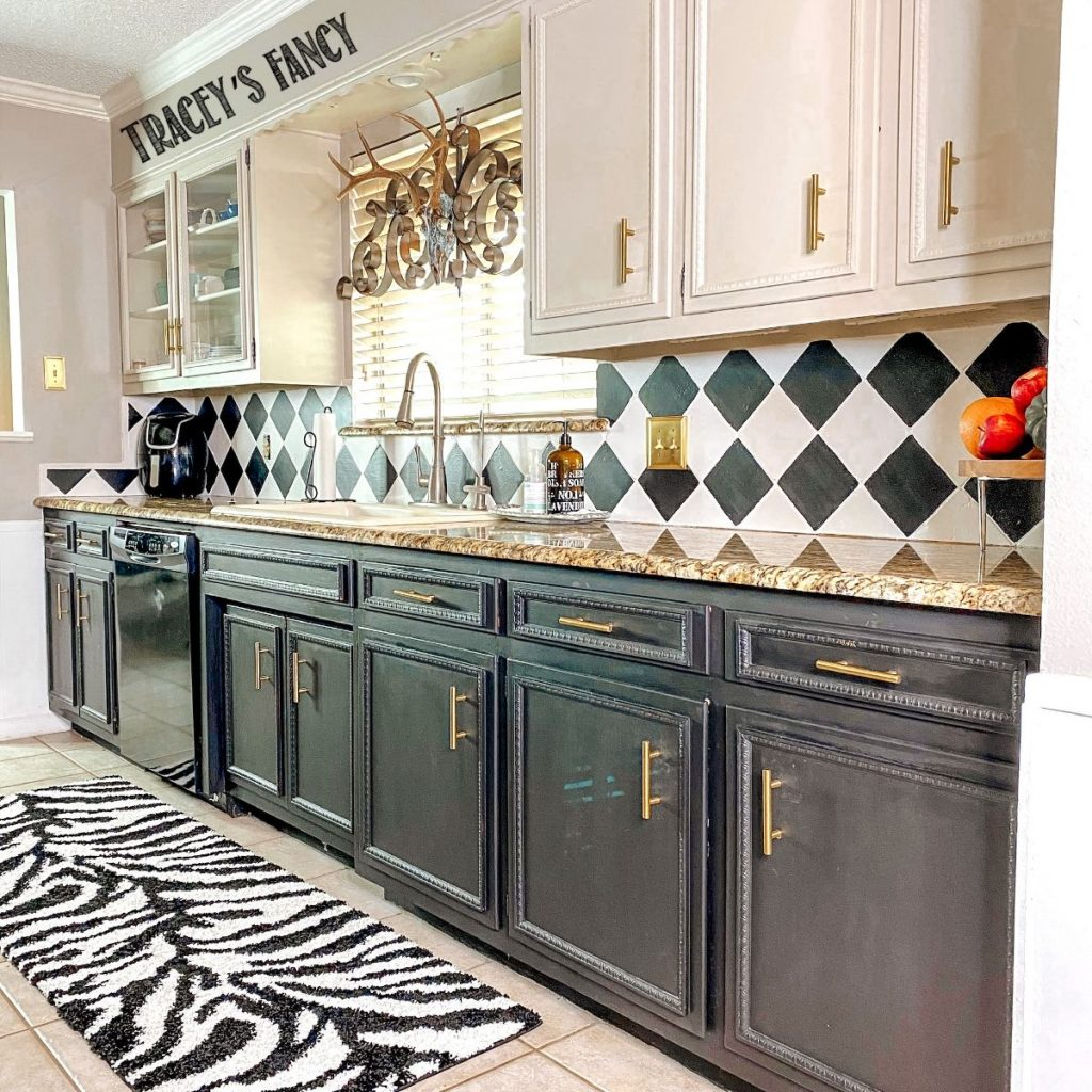 How To Paint Backsplash Tiles With Chalk Paint Tracey S Fancy