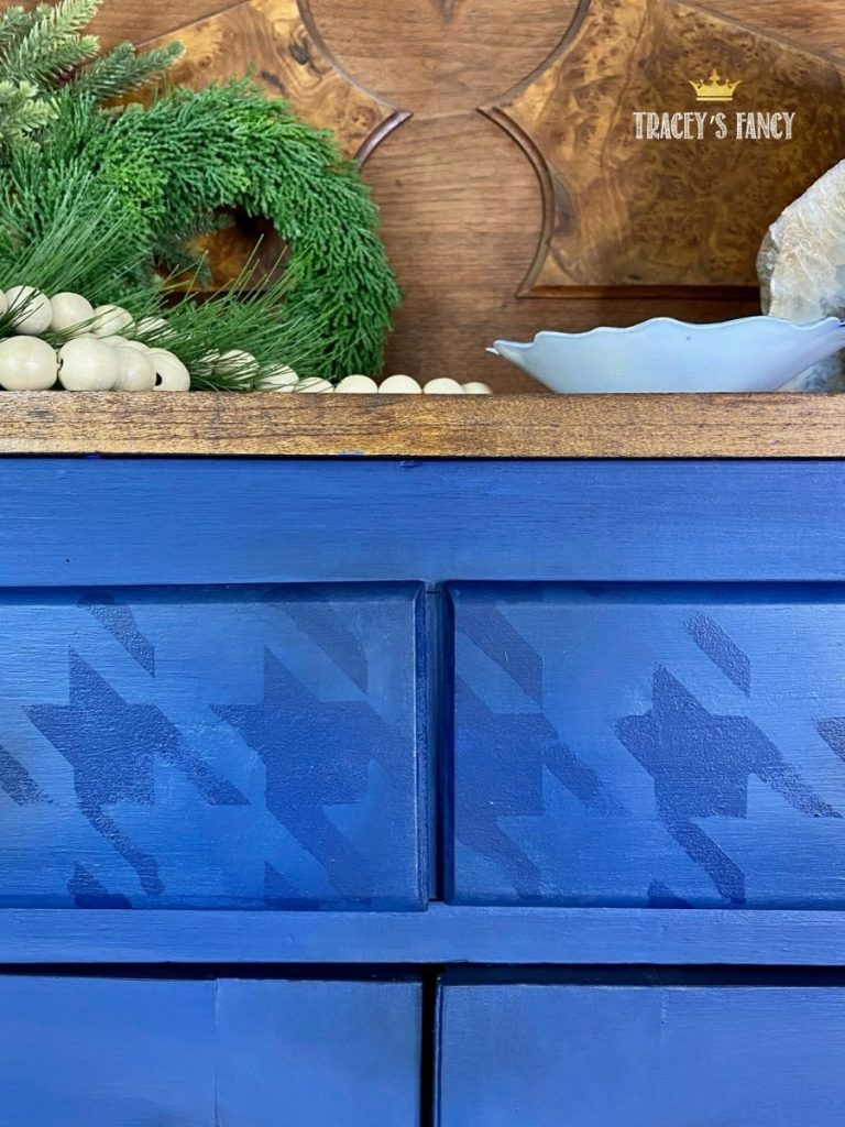 blue shaker cabinet with houndstooth stencil by Tracey's Fancy